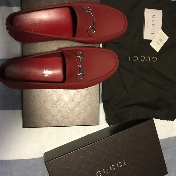 ed71e43bcf5779 RED GUCCI RUBBER HORSEBIT LOAFER SIZE 8