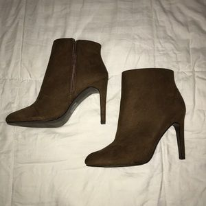 Forever 21 Boots pumps heels 7.5