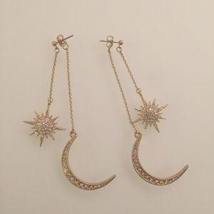 NWOT Moon & Star Drop Earrings