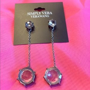 Vera Wang Earring set