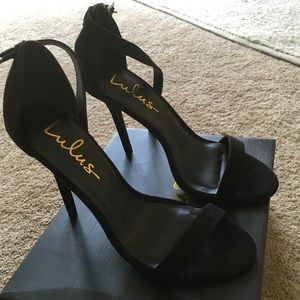 Black ankle strap sandals size 7.5. Brand new