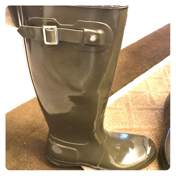 530d66605cd2 Hunter Boots Shoes - Stylish women s designer HUNTER rain boots!