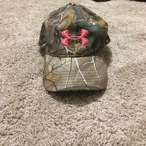 Under Armour real tree camo hat