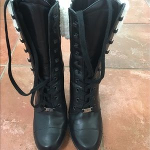 💯% authentic Tods boots