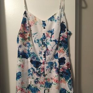 Lovers and friends floral romper