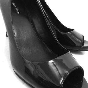 Glossy black Calvin Klein heels size 5-6