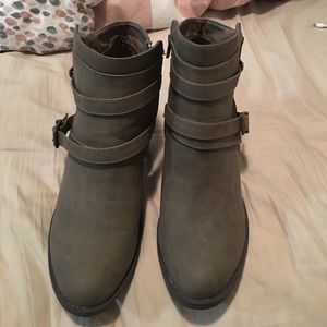 NWT Booties