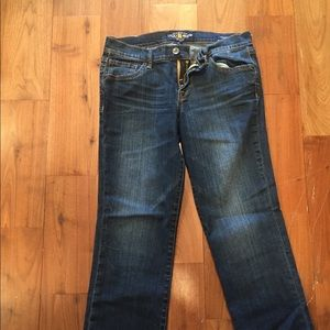 Lucky brand cropped jeans size 4