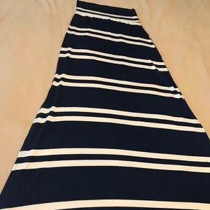 Charlotte Russe Maxi Skirt Size XS