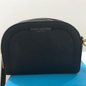 6e941fe8f7cd5 Marc Jacobs Bags - Marc Jacobs Black playback Crossbody!