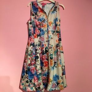 Betsey Johnson Floral zip front dress
