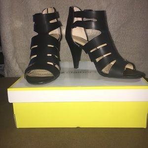 Liz Claiborne strappy heeled sandal