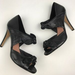 [Vince Camuto] Black Leather Bow Heels Alicea 9.5