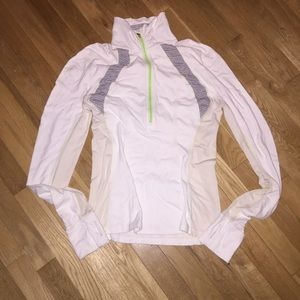 Women's Lululemon athletic long sleeve half zip