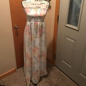 White and pastel floral Maxi size L old Navy