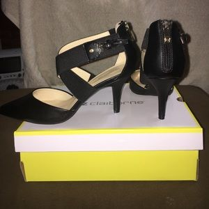"Liz Claiborne pointed toe, 3"" heel shoe"