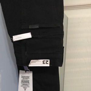 Nwt joes Jeans skinny black size 23