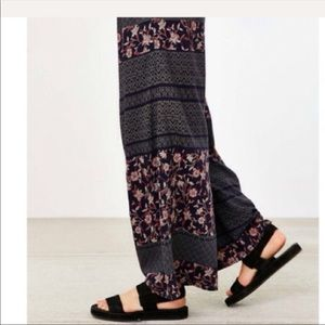 Ecote Patched Crossover Wide Leg Pant Navy floral