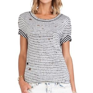 ✨Free People high-low distressed tee ✨
