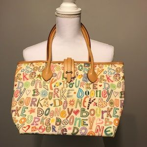 Dooney & Bourke Medium Tote/purse