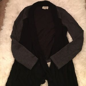 Lucky Lotus grey/black cardigan
