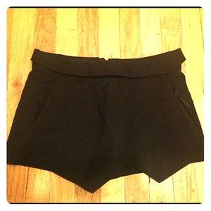 Black, Diamond-Shaped shorts from Zara