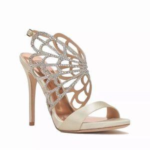 NIB {badgley mischka) newlyn heels