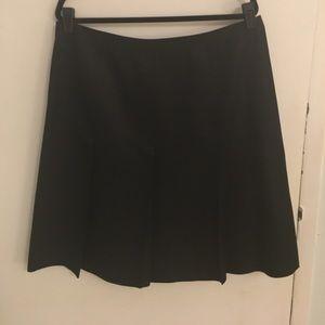 100% Silk Black Pleated Skirt Banana Republic - 14
