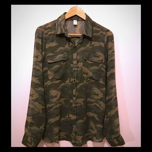 Camouflage sheer Button Up