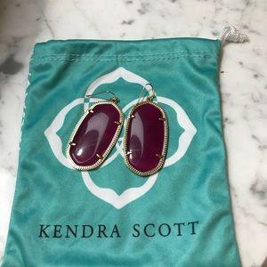 Kendra Scott signature Danielle earring