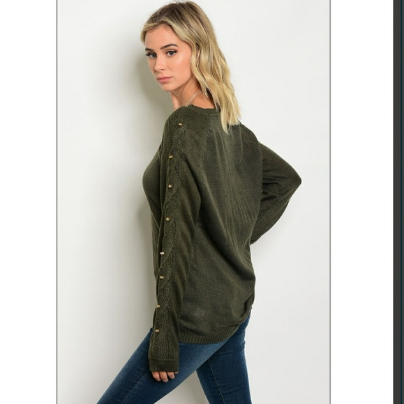 Sweaters - NWT! NEW STUDDED OLIVE GREEN SOFT SWEATER!