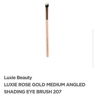 Luxie Rose Gold Angled Shading Eye Brush