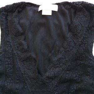 MICHAEL Michael Kors Tops - Michael Kors Sleeveless lined lace top size Small