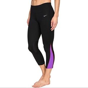 NWT Nike power running crops