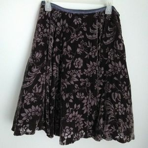 Anthropologie Lithe velvet skirt size 4