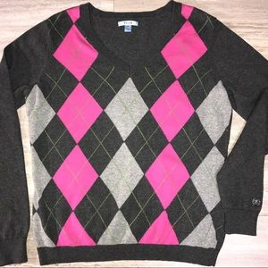 Izod Pink and Gray Argyle V Neck Sweater