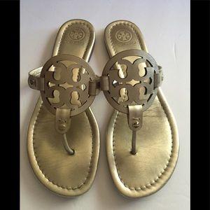 Tory burch Miller sandals gold sz. 9 $ 95