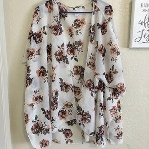 Sweaters - 🌵rose kimono 🌻