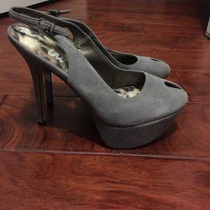 Platform lilac suede leather heels