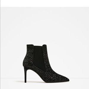 Zara Shiny High Heel Booties. NWT