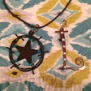 Interchangeable rustic pendant necklace.