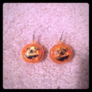 Jewelry - Pumpkin Halloween light up earrings