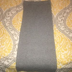 Size Small Gray Ankle Length Skirt