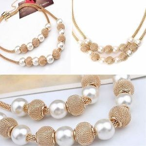 Pearl gold silky necklace