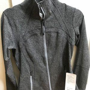 LULULEMON NWT Define Jacket size 8 black/white