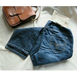 Indigo Blue Maternity Cropped Dark Wash Jeans Lrg