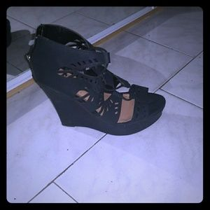 Call it spring wedges sandals size 10