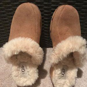 Women UGG Australia mules / slides clog shoes