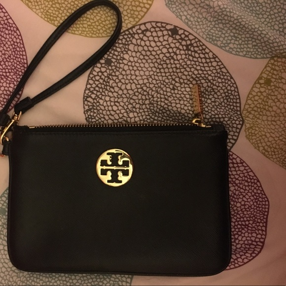 Tory Burch Handbags - Tory burch wristlet