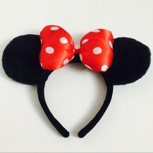 Minnie Mouse Ears Headband!